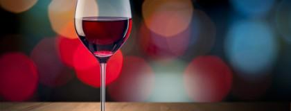 """Opowiadanie """"Wino"""""""